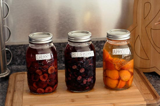Infuse Liquor in Mason Jars from Tasty Yummies