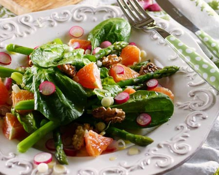 Spinach Salad with Asparagus and Cara Cara Oranges from Patty's Food