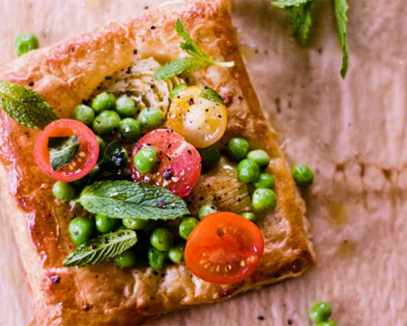 Artichoke and Tomato Salad Tarts from Sunshine and Smile